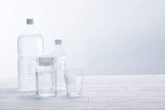 【水の期限】ミネラルウォーター・精製水・水道水・冷凍食品の期限まとめ【未開封 & 開封後含む】